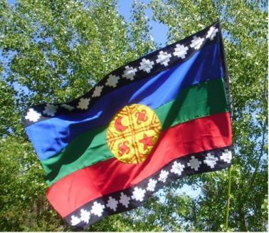 Die Flagge der Mapuche (Quelle: www.imagui.com)